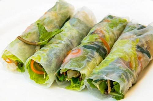 Oppskrift for Cool Herbed Summer Rolls